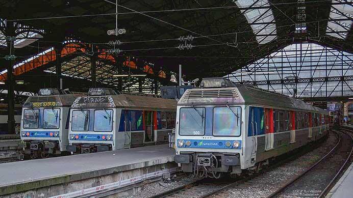 パリ郊外線 ステンレス電車の変遷